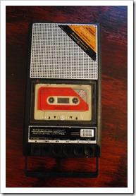 Mono tape player