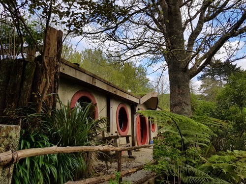 Rooms in hobbit holes