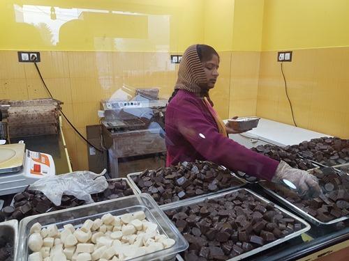 Buying chocolate in Kodaikanal