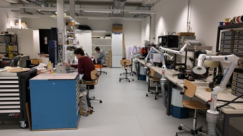A lab at EPFL