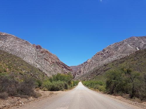 Towards the Swartberg Pass