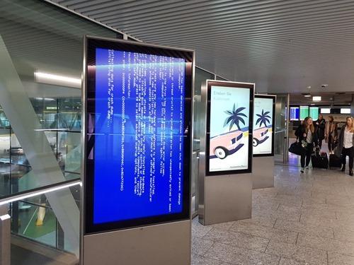 Airport bluescreen