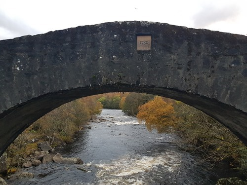Tummel Bridge from the front