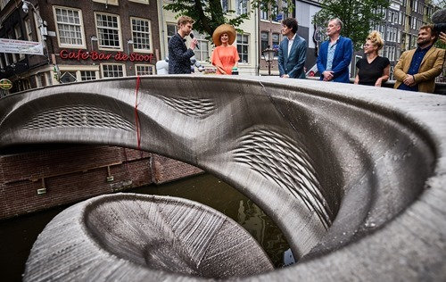 Nederland, Amterdam, 15/07/2021,</p>  <p>Queen Maxima opens the 3D-printed MX3D Bridge.</p>  <p>foto Jan de Groen