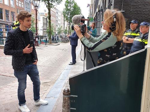 Joris being interviewed